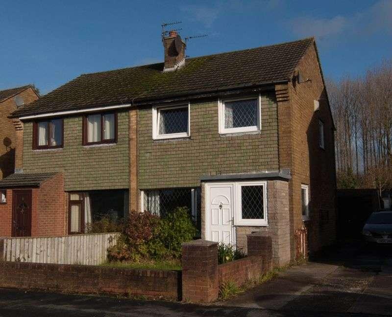 3 Bedrooms Semi Detached House for sale in 7 Langden Crescent, Bamber Bridge, PR5 6ND