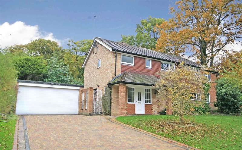 5 Bedrooms Detached House for sale in Forest Close, Pyrford, Surrey, GU22