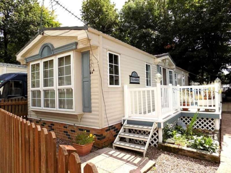 2 Bedrooms House for sale in Turnpike, Chard