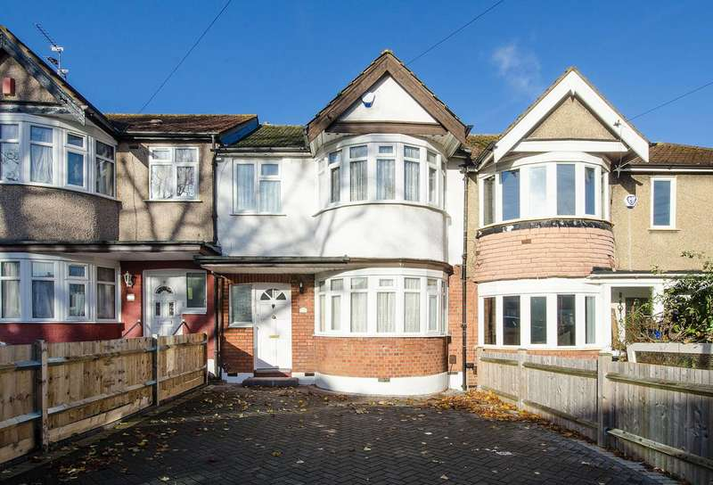 3 Bedrooms Terraced House for sale in Torbay Road, Rayners Lane, HA2
