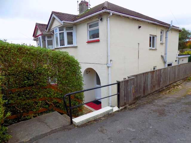 1 Bedroom Flat for sale in All Hallows Road, Preston, Paignton