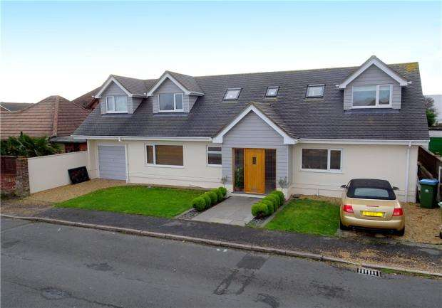 4 Bedrooms Detached Bungalow for sale in Shaftesbury Road, Rustington, West Sussex, BN16