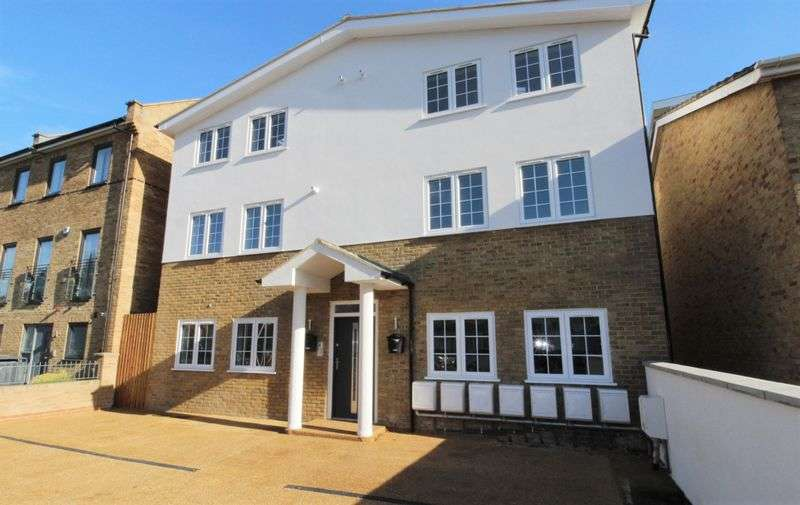 2 Bedrooms Flat for sale in Finsbury Road, Wood Green, N22