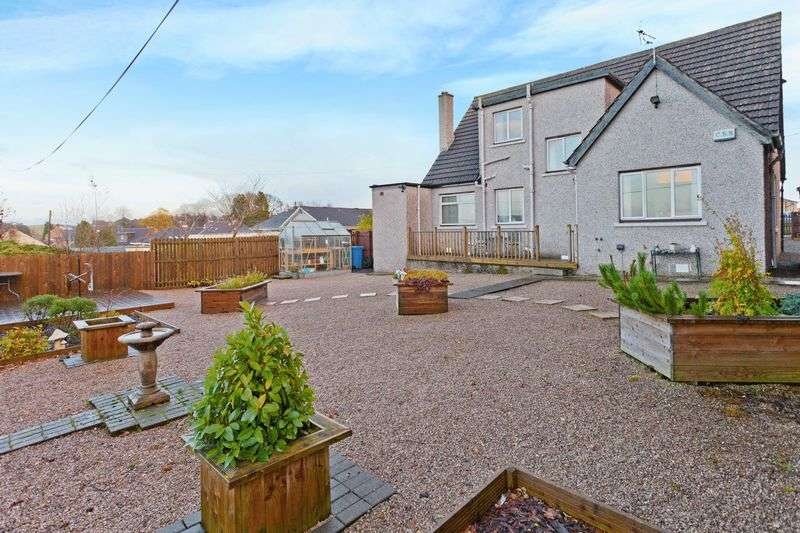 3 Bedrooms Detached House for sale in Bank Street , Falkirk