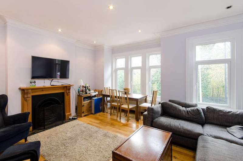 3 Bedrooms Flat for sale in Leigham Vale, Streatham Hill, SW16