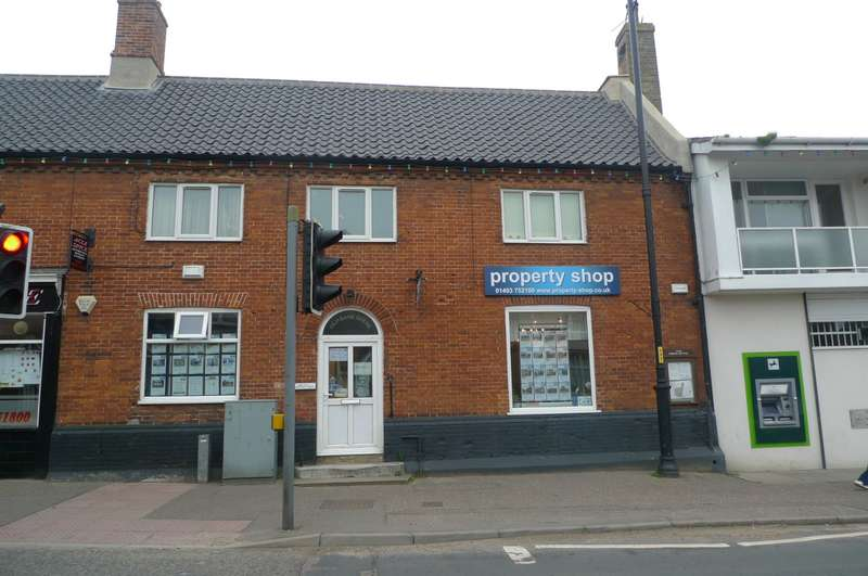Commercial Property for rent in Old Bank House, Acle, Norwich, NR13