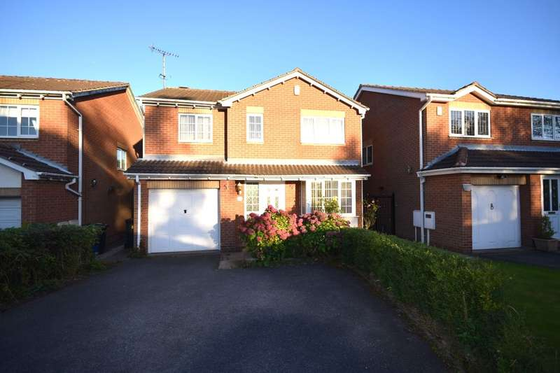 4 Bedrooms Detached House for sale in Fairways Drive, Kirkby-In-Ashfield, Nottingham, NG17