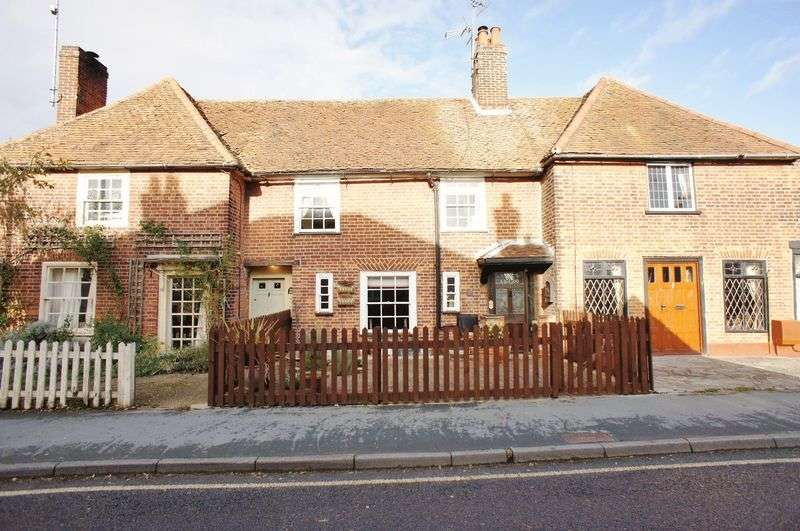 3 Bedrooms Terraced House for sale in High Street, Brightlingsea