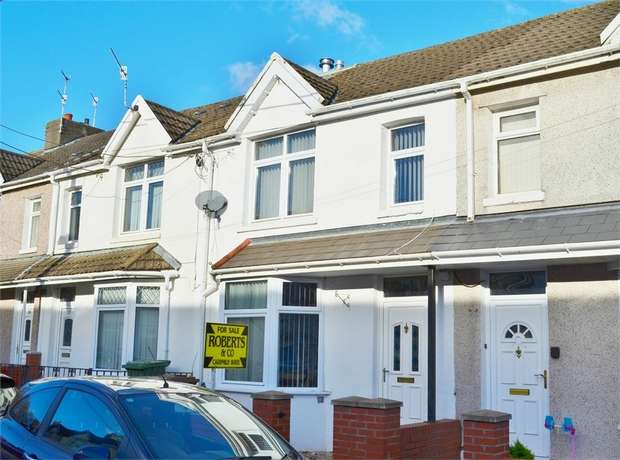 3 Bedrooms End Of Terrace House for sale in George Street, Ystrad Mynach, HENGOED, Caerphilly