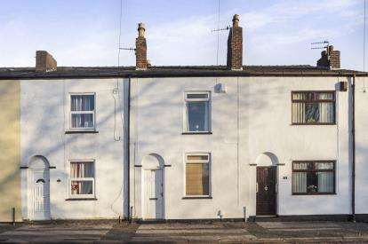 2 Bedrooms Terraced House for sale in Turton Street, Golborne, Warrington, Greater Manchester