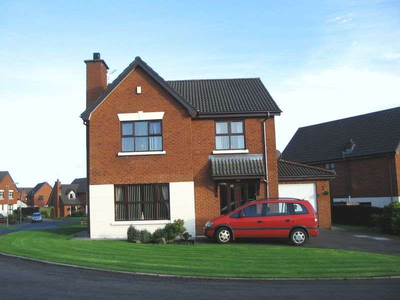 4 Bedrooms Detached House for sale in Portsmouth Gardens, Carrickfergus