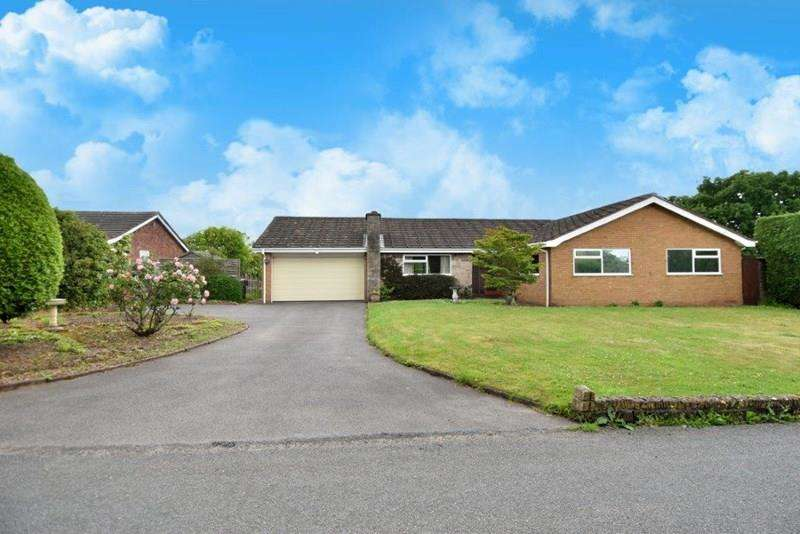 3 Bedrooms Detached Bungalow for sale in Warbage Lane, Bromsgrove