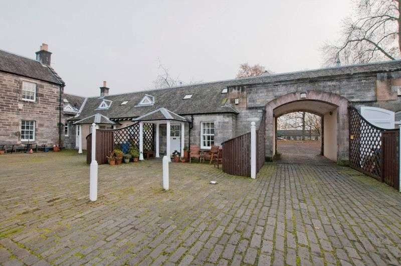 1 Bedroom Terraced House for sale in 6 Tower Square, Alloa