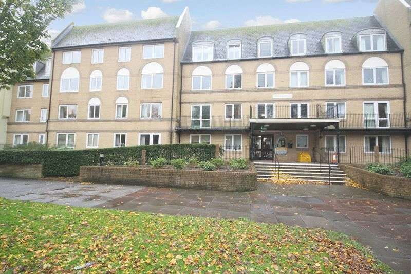 1 Bedroom Retirement Property for sale in Homegate House, Eastbourne, BN21 3YE
