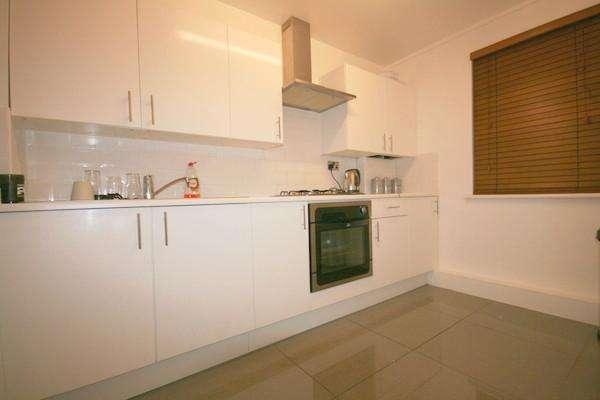 1 Bedroom Flat for sale in Erwood Road, Charlton, SE7