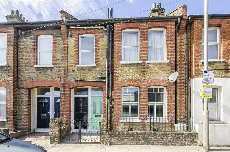 2 Bedrooms Flat for sale in Silverthorne Road, London, SW8