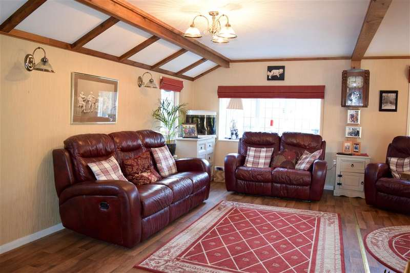 2 Bedrooms Park Home Mobile Home for sale in Fontridge Lane, Etchingham, East Sussex