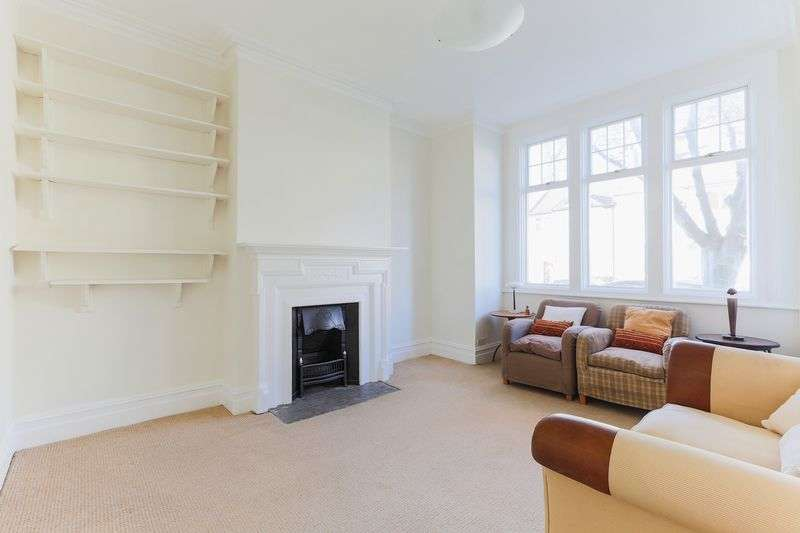 2 Bedrooms Maisonette Flat for sale in Glencairn Road, Streatham Common, London