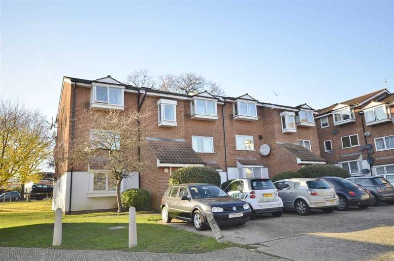 1 Bedroom Apartment Flat for sale in Poplar Grove, London