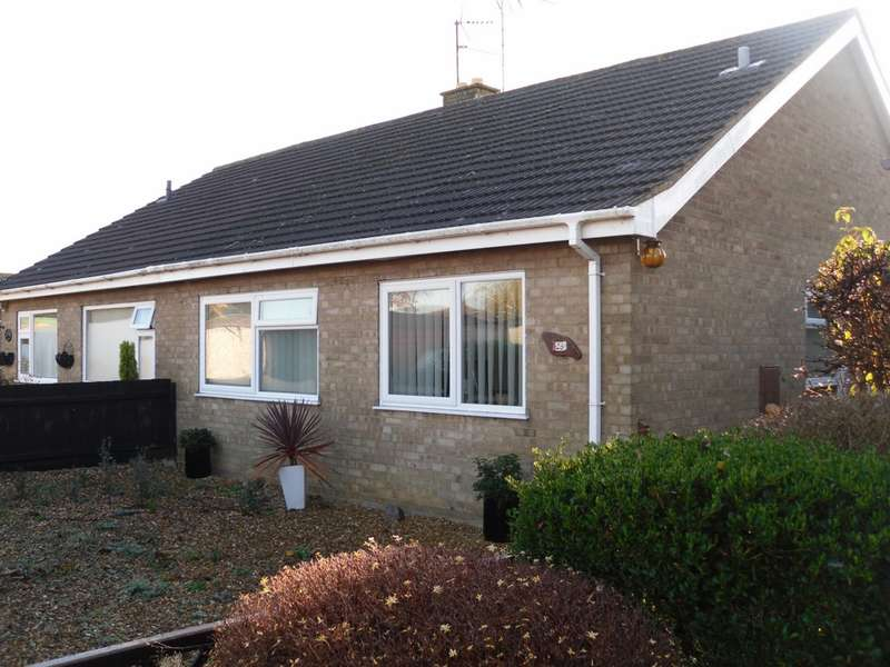 2 Bedrooms Bungalow for sale in Otago Close, Whittlesey, PE7