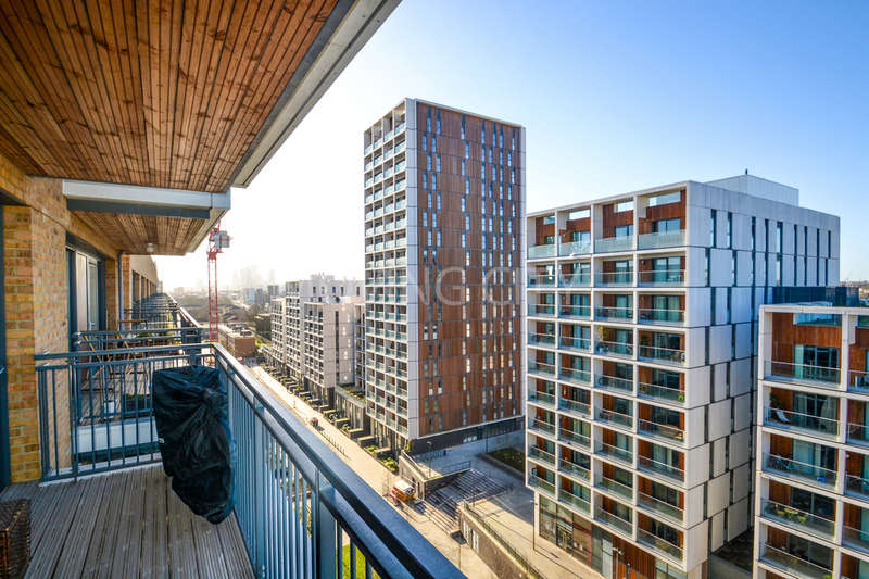 1 Bedroom Flat for sale in Gaumont Tower, Dalston Square, Dalston