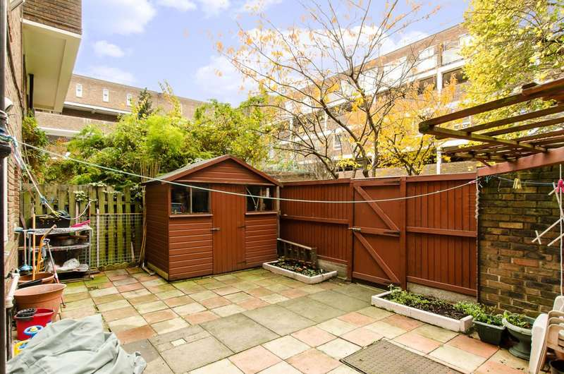 3 Bedrooms Maisonette Flat for sale in Lipton Road, Tower Hamlets, E1
