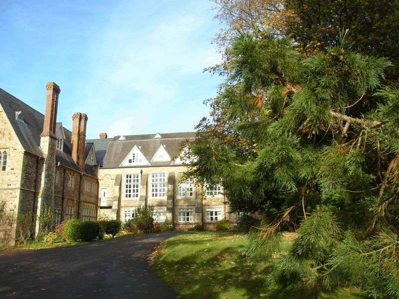 1 Bedroom Flat for sale in Bovey Tracey