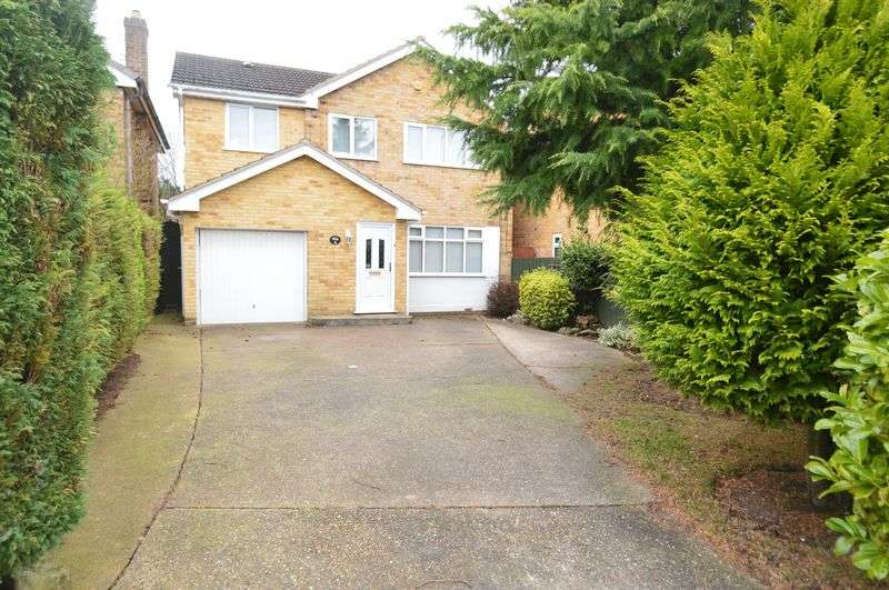 3 Bedrooms Detached House for sale in Alison Avenue, Hucknall