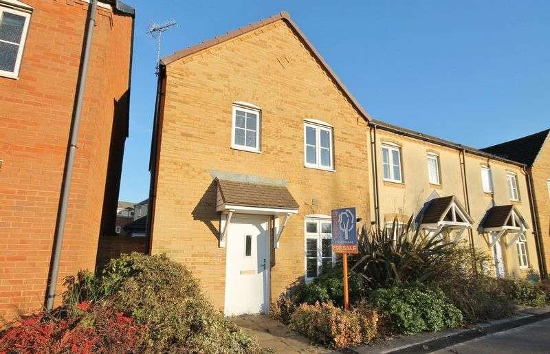 3 Bedrooms Terraced House for sale in Shepherds Walk, Bristol