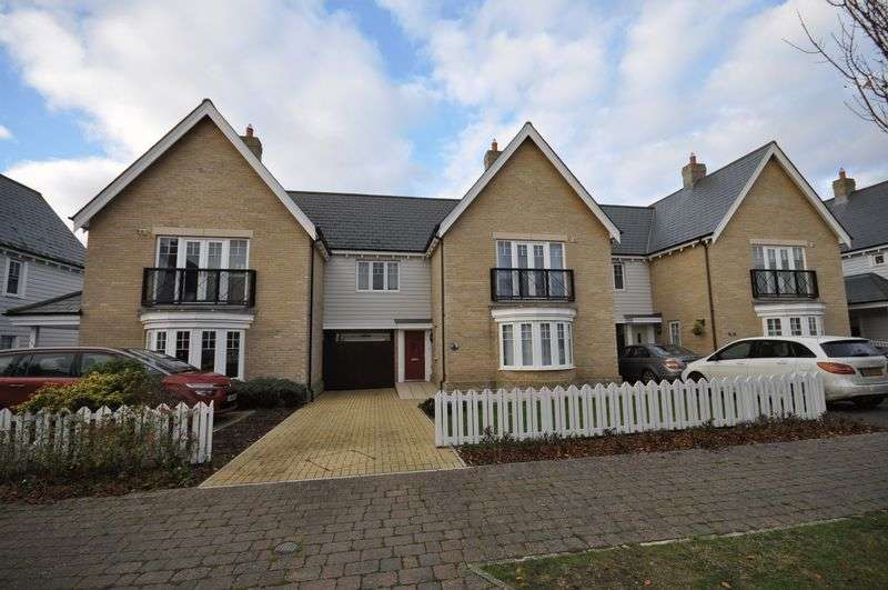 4 Bedrooms Terraced House for sale in Saltings Crescent, West Mersea