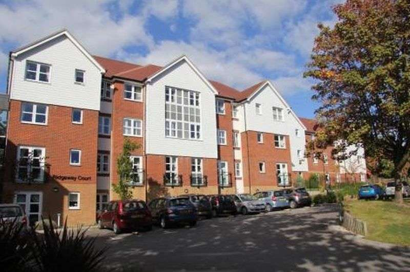 2 Bedrooms Flat for sale in Ridgeway Court, Mutton Hall Hill, Heathfield: Two bed ground floor retirement apartment