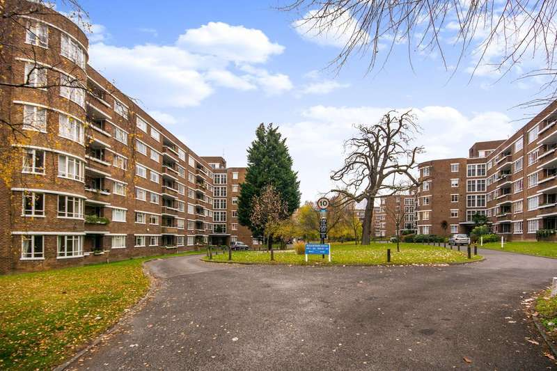 1 Bedroom Flat for sale in Champion Hill, Denmark Hill, SE5