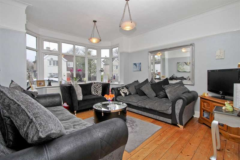 4 Bedrooms Property for sale in Elm Avenue, Ruislip