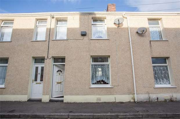 4 Bedrooms Terraced House for sale in Cecil Street, Neath, West Glamorgan