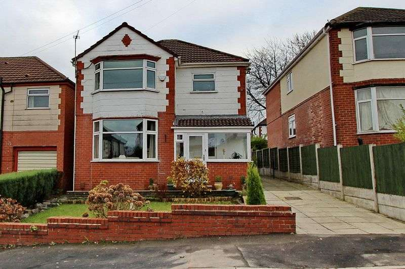 4 Bedrooms Detached House for sale in Craigwell Road, Prestwich, Manchester
