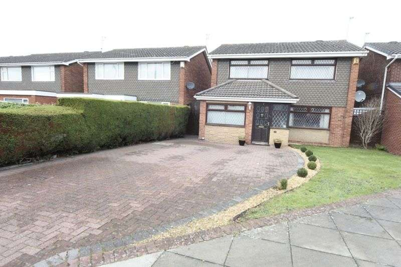 4 Bedrooms Detached House for sale in Frankby Close, Greasby, Wirral