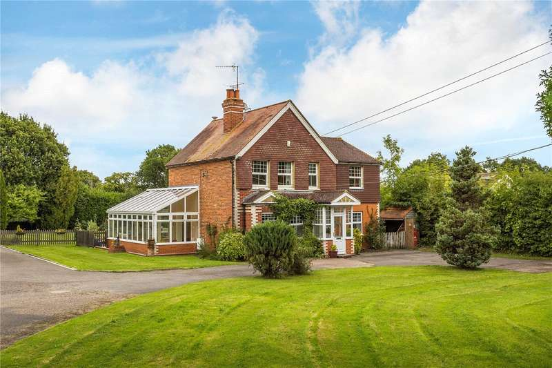 4 Bedrooms Detached House for sale in Hare Lane, Lingfield, Surrey, RH7