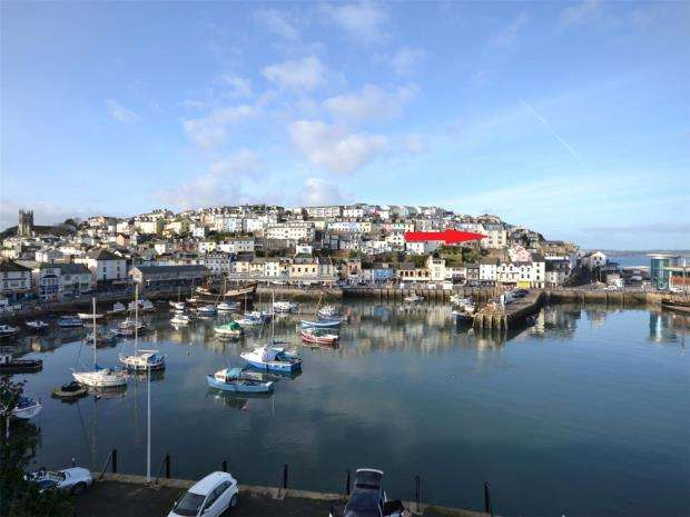 1 Bedroom Flat for sale in Castle House, Overgang, Brixham, Devon
