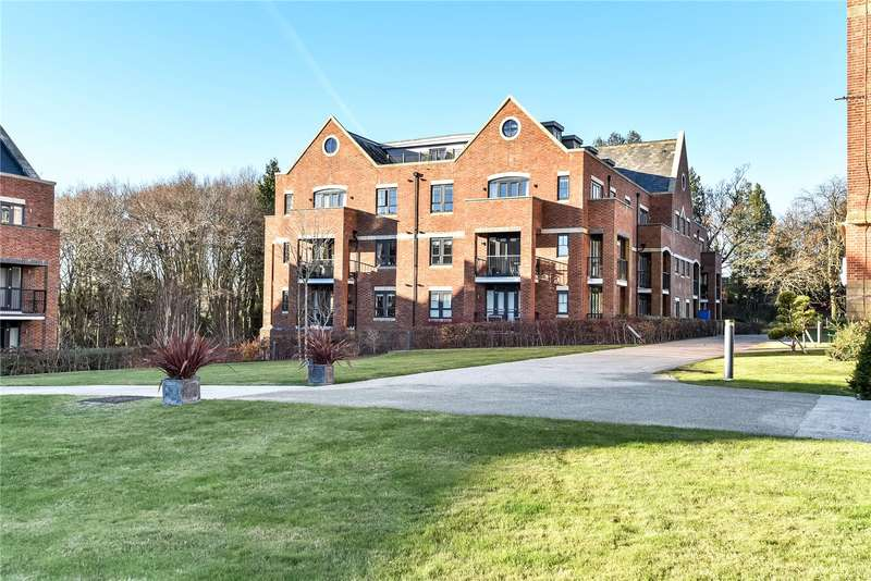 2 Bedrooms Flat for sale in Mayfield Grange, Little Trodgers Lane