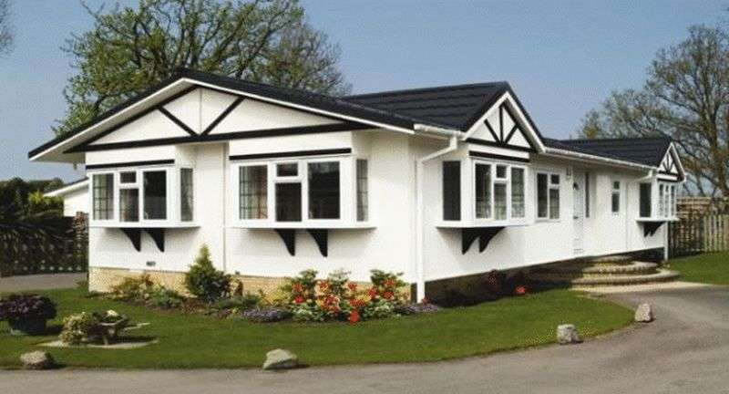 2 Bedrooms Bungalow for sale in Plot 16 Harpswell Hill Park, Hemswell, Gainsborough, Lincolnshire, DN21 5UT