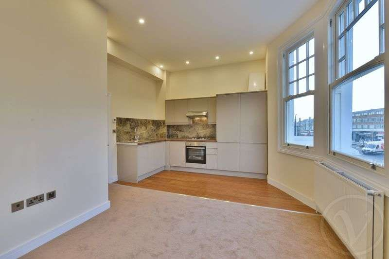 1 Bedroom Flat for sale in Hillfield Park Mews, Muswell Hill, London, N10