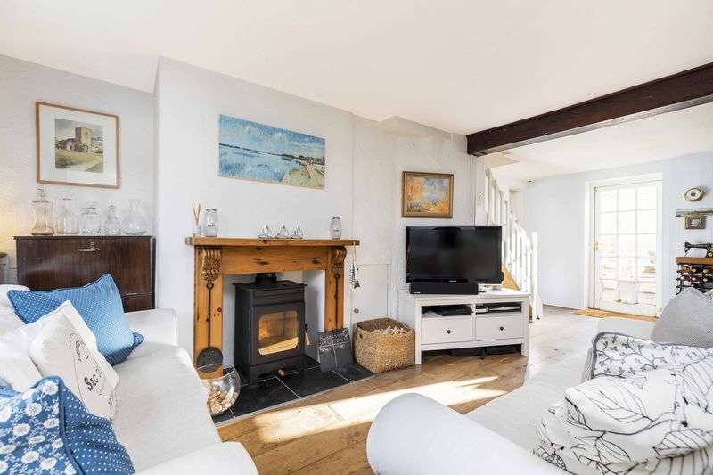 2 Bedrooms Terraced House for sale in Spring Gardens, Emsworth