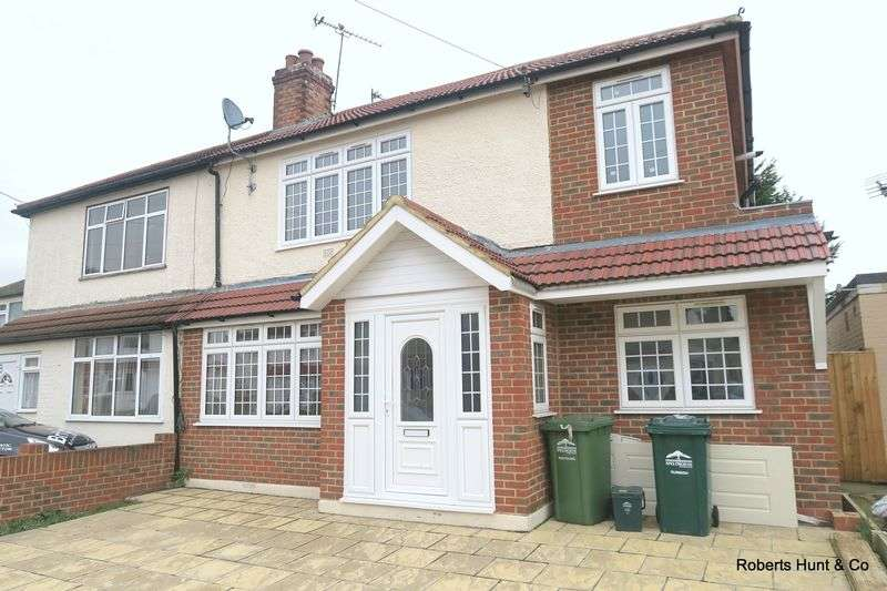 6 Bedrooms Semi Detached House for sale in STANWELL