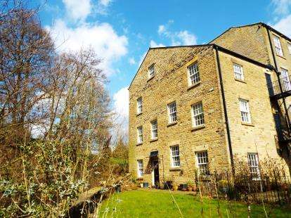 4 Bedrooms Link Detached House for sale in Clough Mill, Slack Lane, High Peak, Derbyshire