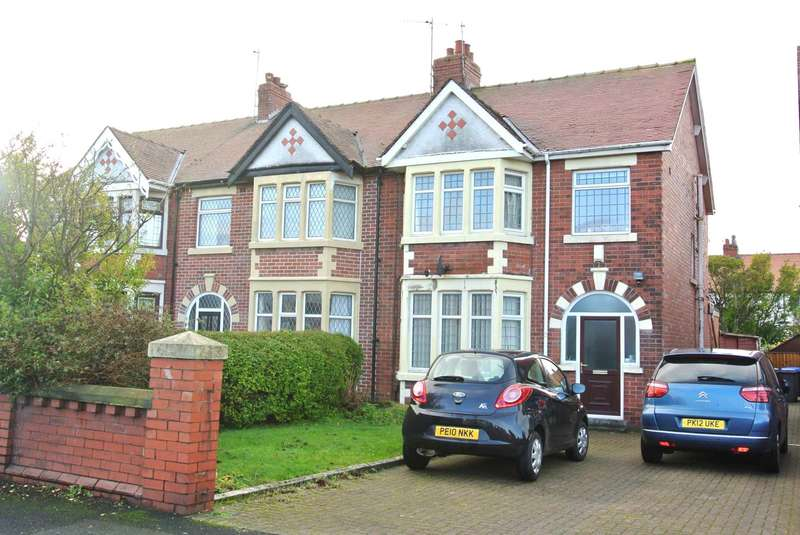 3 Bedrooms House for sale in St Annes Road, Blackpool, FY4 2BL
