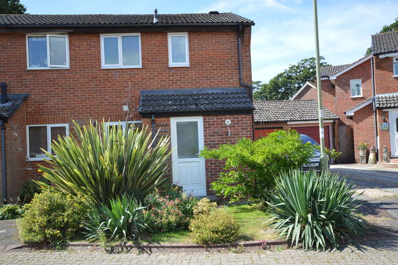 1 Bedroom End Of Terrace House for sale in Sycamore Road, Hordle