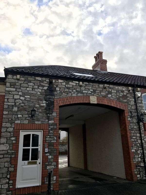 6 Bedrooms Flat for rent in Hurle Road, Bristol