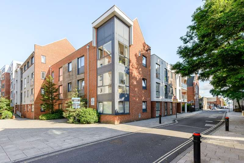 1 Bedroom Ground Flat for sale in City Centre, Southampton