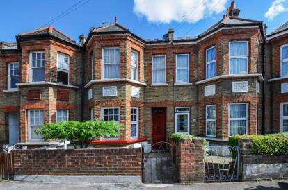 1 Bedroom Flat for sale in Winterstoke Road, London