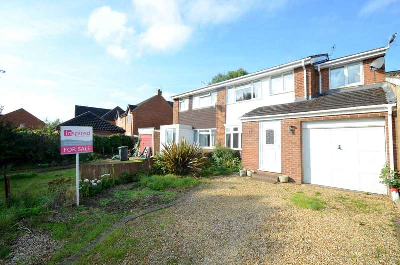 4 Bedrooms Semi Detached House for sale in Deanshanger